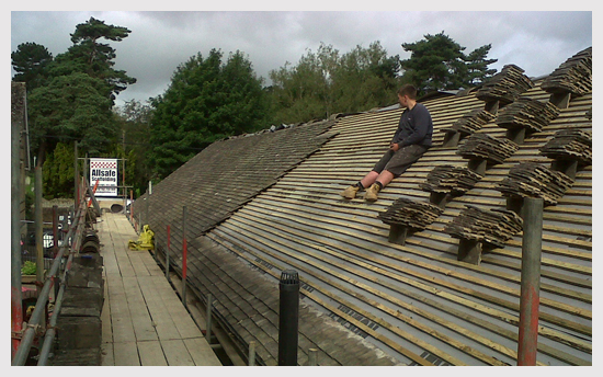 local roofer oxford